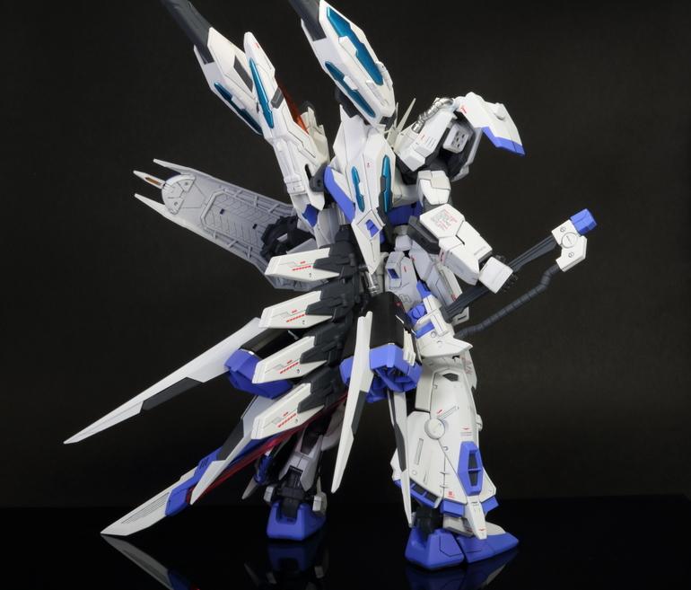 "Custom Build: MG 1/100 ""LT WT Neo"" Strike Gundam"