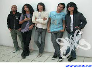 Slank Grup Band Rock Asal Indonesia