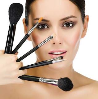 Ai o scoala de make-up? Iata 3 sfaturi PRACTICE pentru tine!