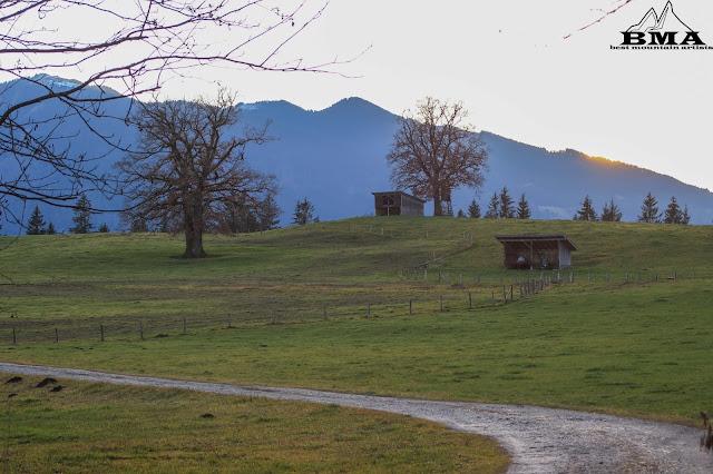 Wanderung am Staffelsee Rundweg - Uffingen Zugspitzregion - Wandern in Bayern.