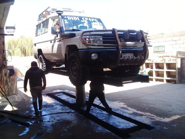 Osterputz machen wir auch hier in den Bergen Boliviens