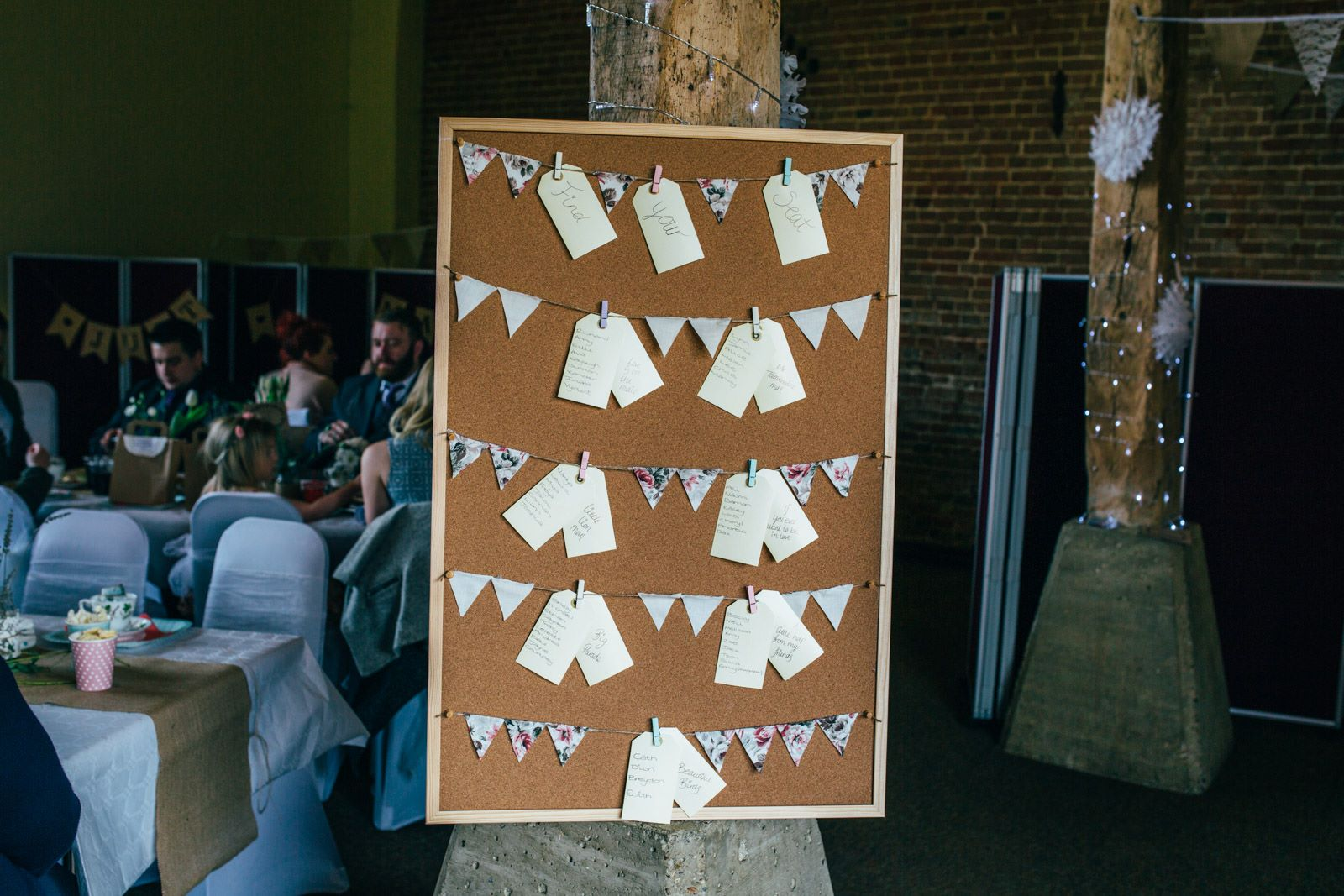 hall byrå ek ~ our wedding  things we made  little paper swans