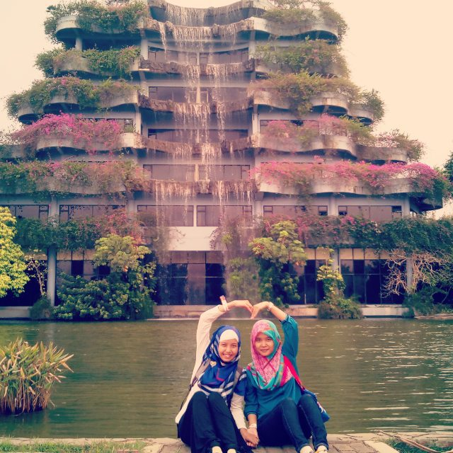 Danau Taman Mekarsari - Tempat Wisata Danau di Bogor