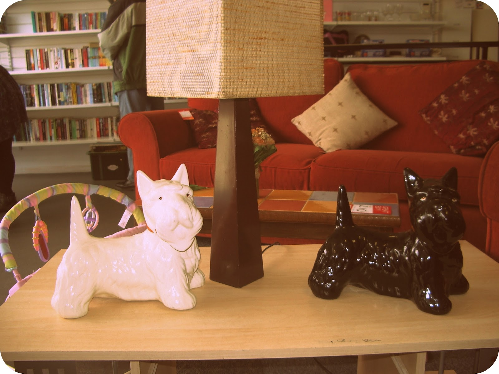 Vintage Ceramic Dogs On A Bed With Curtains Figurine