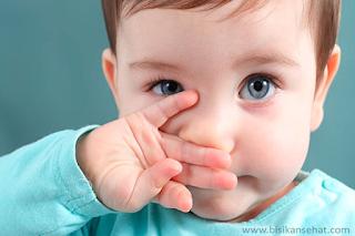 Tips Mengatasi Bayi Pilek (Hidung Sumbat)