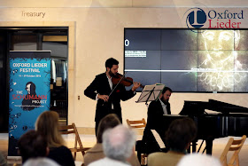 Jonathan Stone and Sholto Kynoch at the Weston Library, Oxford Lieder - Photo Tom Herring