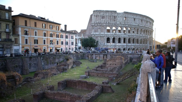 Friends, Romans: Help restore Rome's ruins, monuments