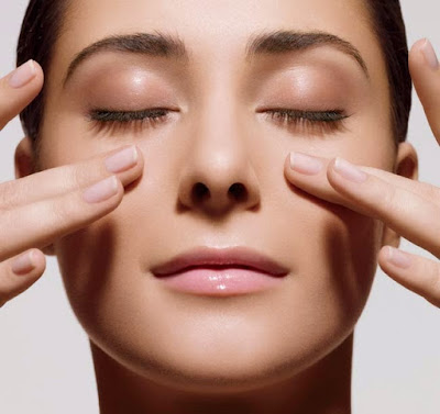 8 Manfaat Totok Wajah yang Wajib Anda Ketahui