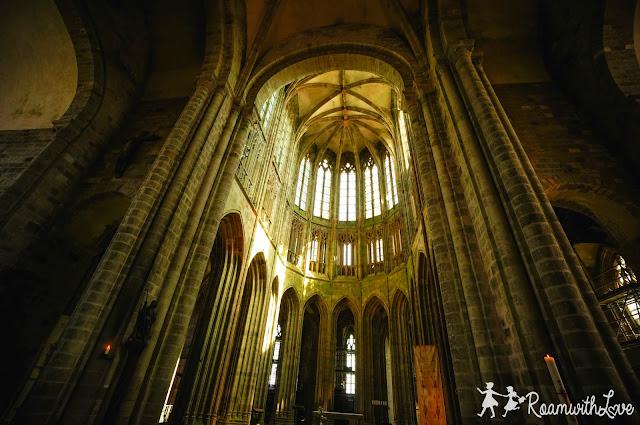 Honeymoon, review, france, Mont Saint Michel, รีวิว,ฮันนีมูน,ฝรั่งเศส,มงแซงมิเชล,สวีท,ทริป,ปราสาท,มินาสทิริธ,the lord of the rings,Minas Thirith,Abbey