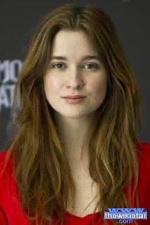 قصة حياة اليس انجليرت (Alice Englert)، ممثلة أسترالية، من مواليد 1994
