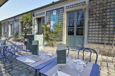 restaurant-terrasse-versailles-la petite venise