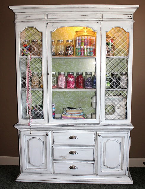 I had posted earlier about my 2011 Goal to Organize More, starting with my