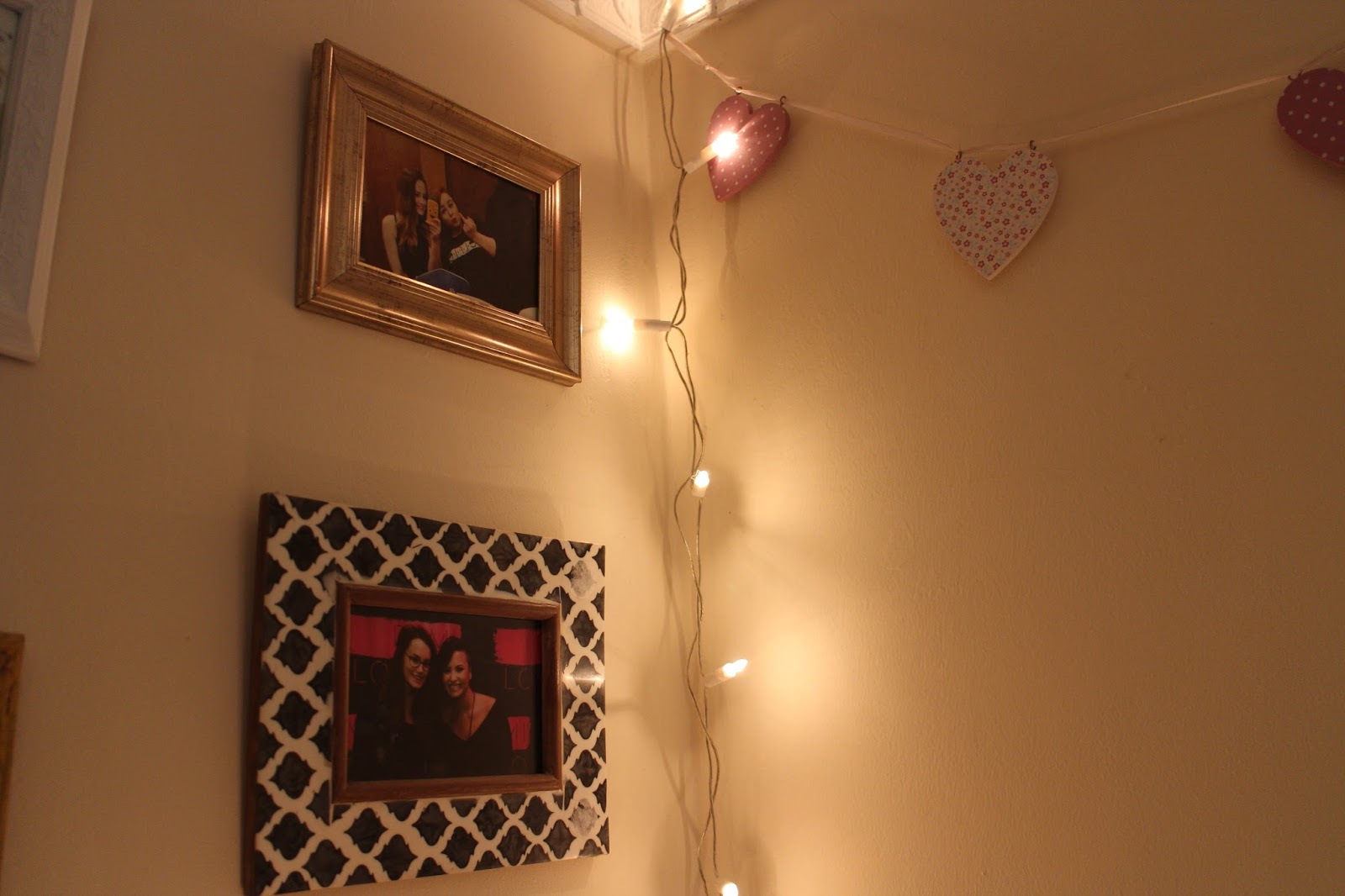 fairy lights room idea