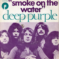 "Το single των Deep Purple ""Smoke On The Water"""