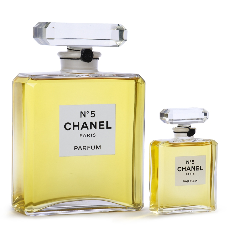 zuma world perfume that smells like a woman chanel no 5. Black Bedroom Furniture Sets. Home Design Ideas