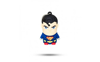 Pen drive Superman