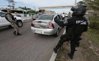 Agreden a reporteros que cubrian noticia de relleno de manglares Veracruz