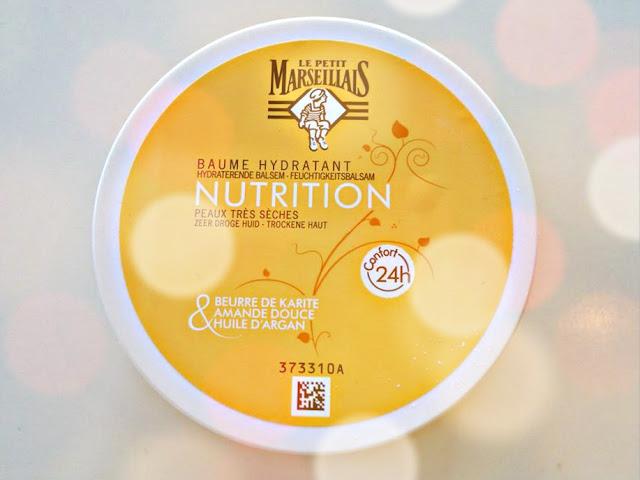 Le Petit Marseillais Baume Hydratant Nutrition met beurre de karite, amande douce, huile d'argan.Le Petit Marseillais Baume Hydratant Nutrition met beurre de Karite, amande douce, huile d'arcan.