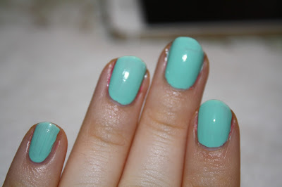essence gel nail polish