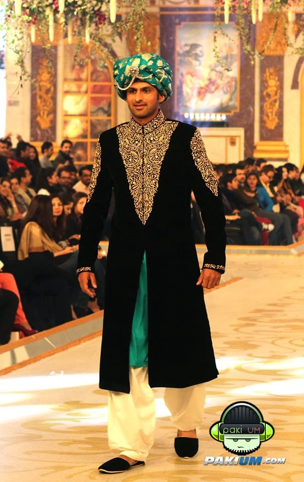 4f0714f71b new pakistani groom dresses by humayun alamgir - Just Bridal