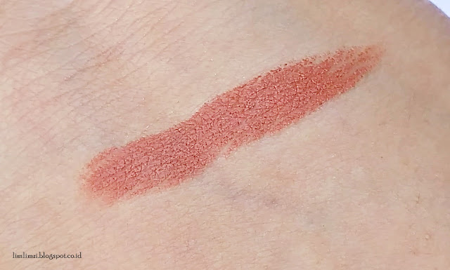 Lipstick Matte XOXO (No. 10 Persimmon Pie)