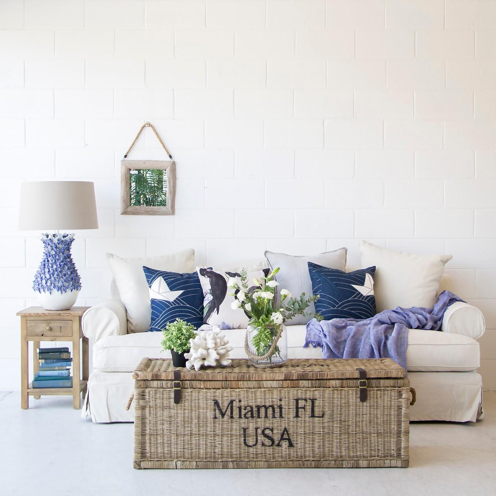 House Style Furniture : Coastal style beach house furniture
