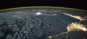 O Διαστημικός Σταθμός απαθανατίζει καταιγίδες στη Γη!