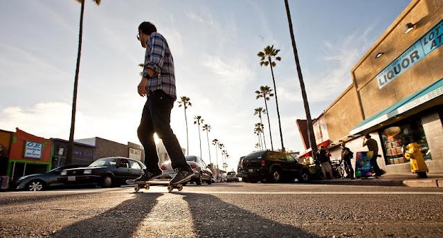 Movimentação de turistas e hospedagens no mês de março em San Diego