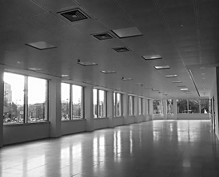 Espacio para oficinas vacío