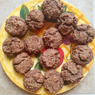 Baked chocolate muffins from a baked donut recipe. Delicious! #fruitsohard #vegan #glutenfree #muffins #chocolate