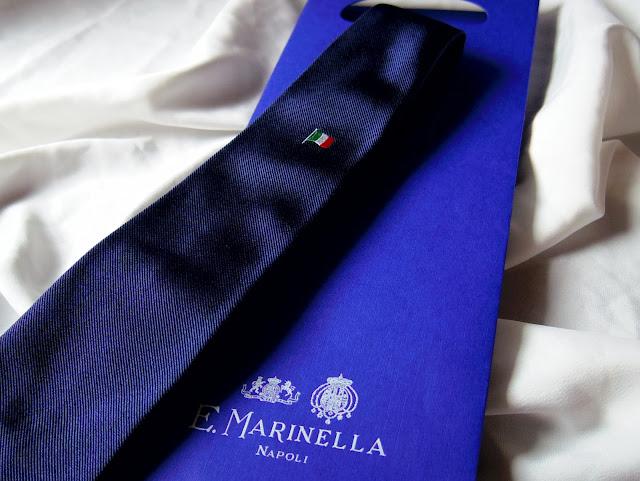 マリネッラのイタリア国旗のネクタイ