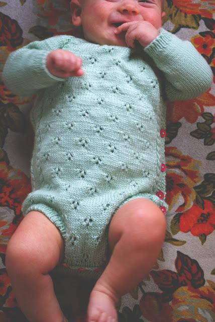 Cache-couche tricoté pour bébé