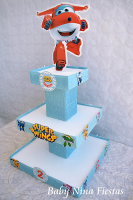 custom stand cupcakes superwings