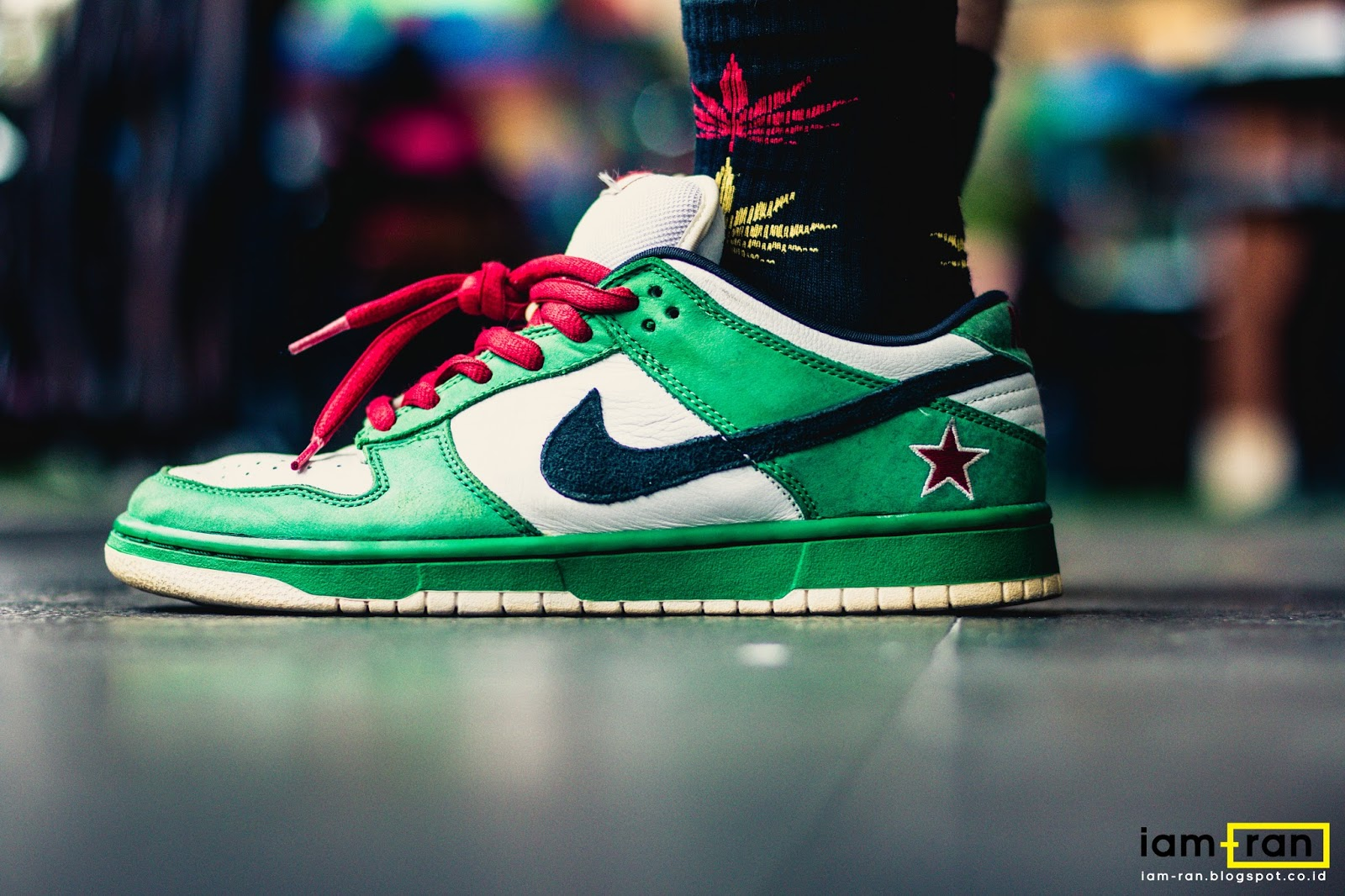 official photos 44b5b 0a558 IAM-RAN: ON FEET : Tirta - Nike SB Dunk Low Heineken