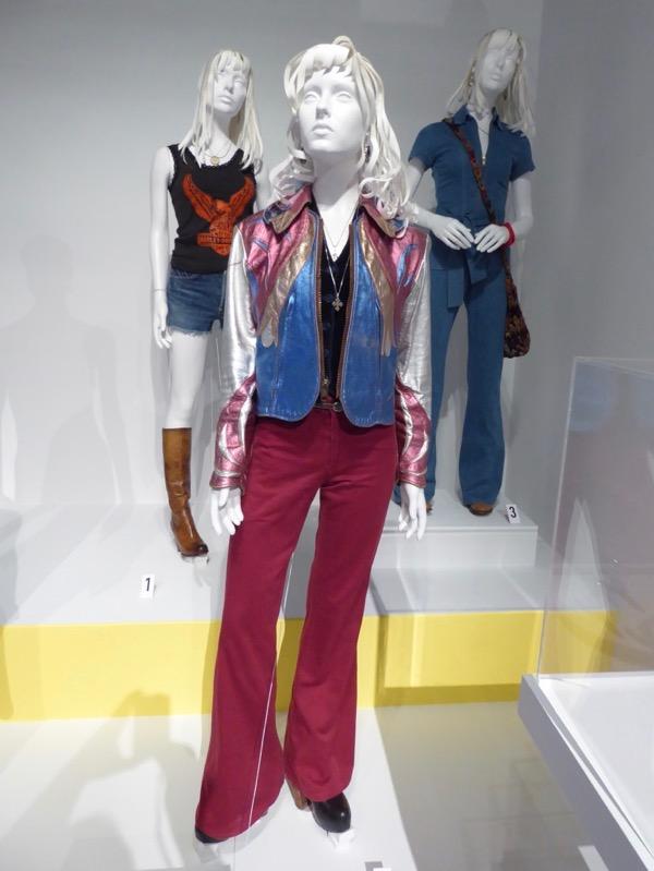 Britt Robertson Girlboss Sophia costumes