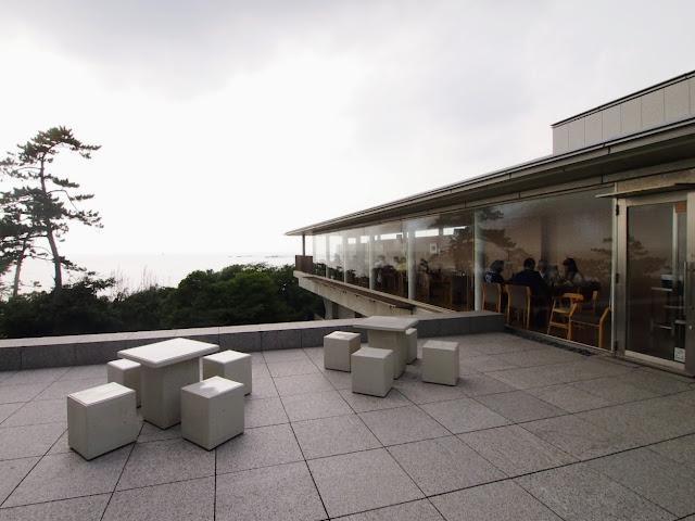 神奈川県近代美術館 カフェ
