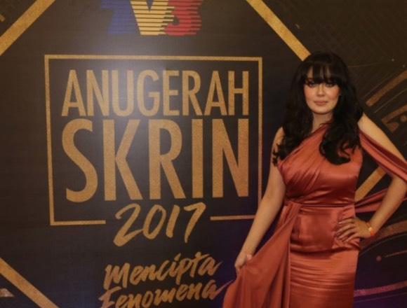 """Biar Kau Tayang Lurah, Asal Kau Bukan Murah"" - Uqasha Senrose Dikritik Gemuk, Netizen Sokong Fat-Shaming Memalukan"