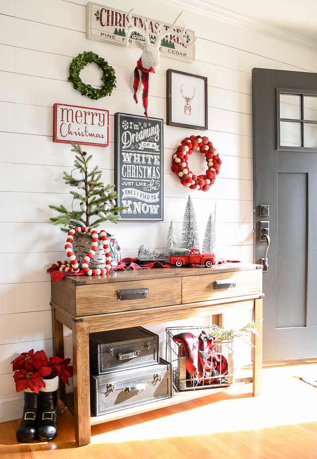 Christmas home tour, christmas, modern farmhouse, holiday home , Christmas entryway, entryway, gallery wall