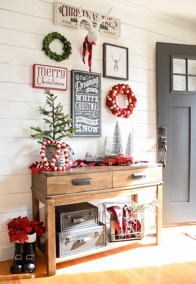 Christmas home tour, christmas, modern farmhouse, holiday home , Christmas entryway, entryway, gallery wall