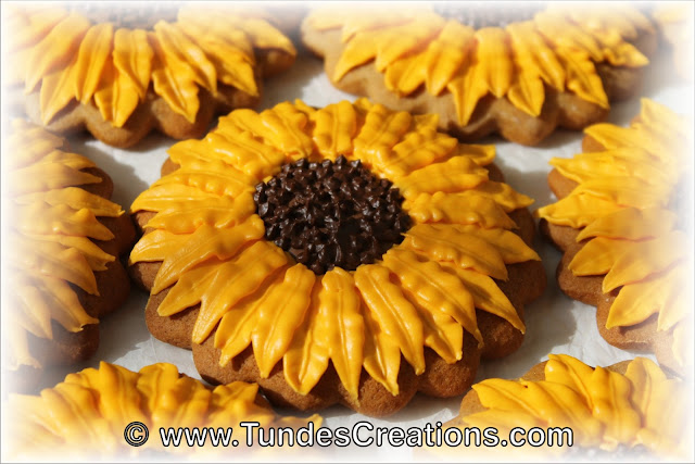 Sunflower cookies by Tunde Dugantsi