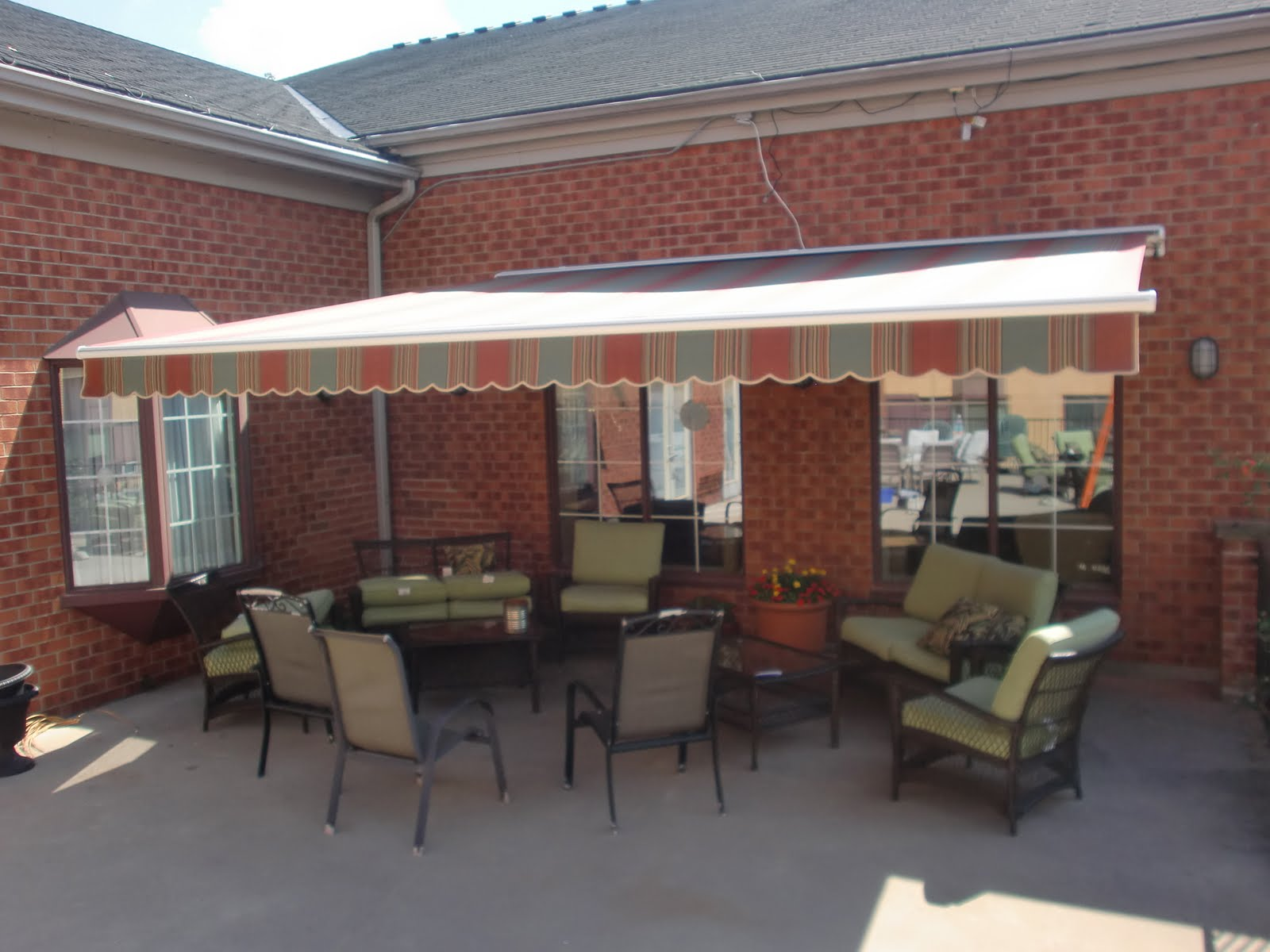 Awnings From Skyway Canvas Palladio 2040 Retractable Awning