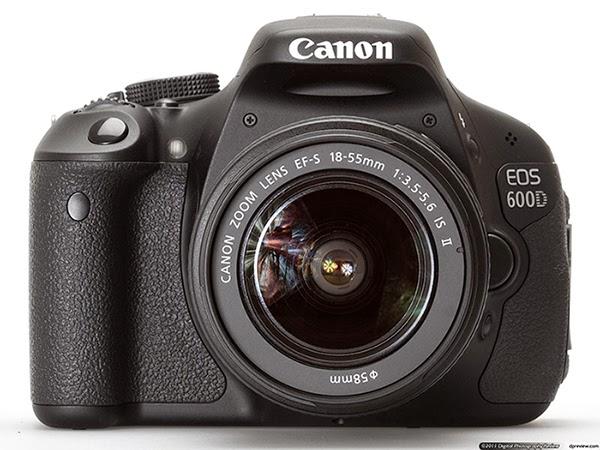 62edf8266 كاميرا إحترافية ممتازة مناسبة لكل من المحترفين والمبتدئين، مذودة بخاصية  التركيز التلقائى وخاصية تقليل إحمرار العين ، صغيرة الحجم يمكنك التنقل بها  بكل سهولة