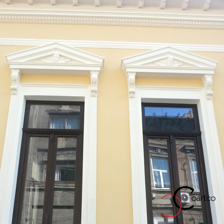 Reabilitare fatada cladiri vechi, profile geamuri, ornamente geamuri, modele
