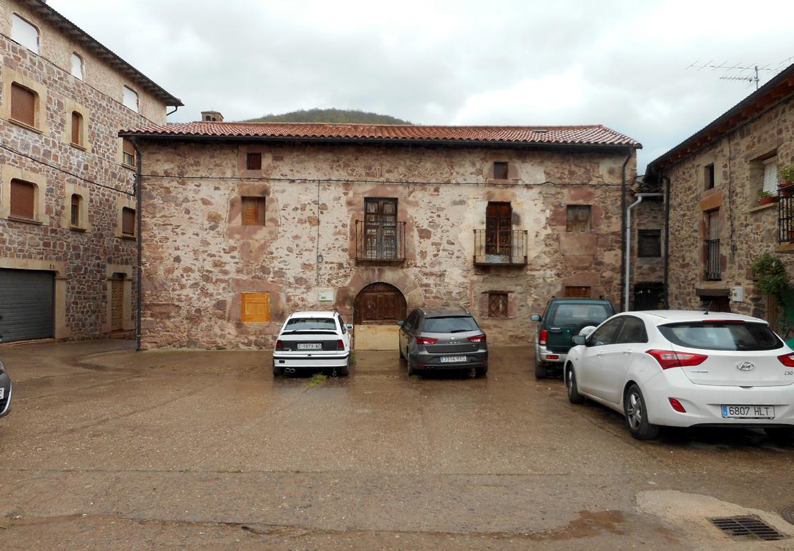 Casas solariegas en la rioja 428 villavelayo otras - Casas prefabricadas la rioja ...