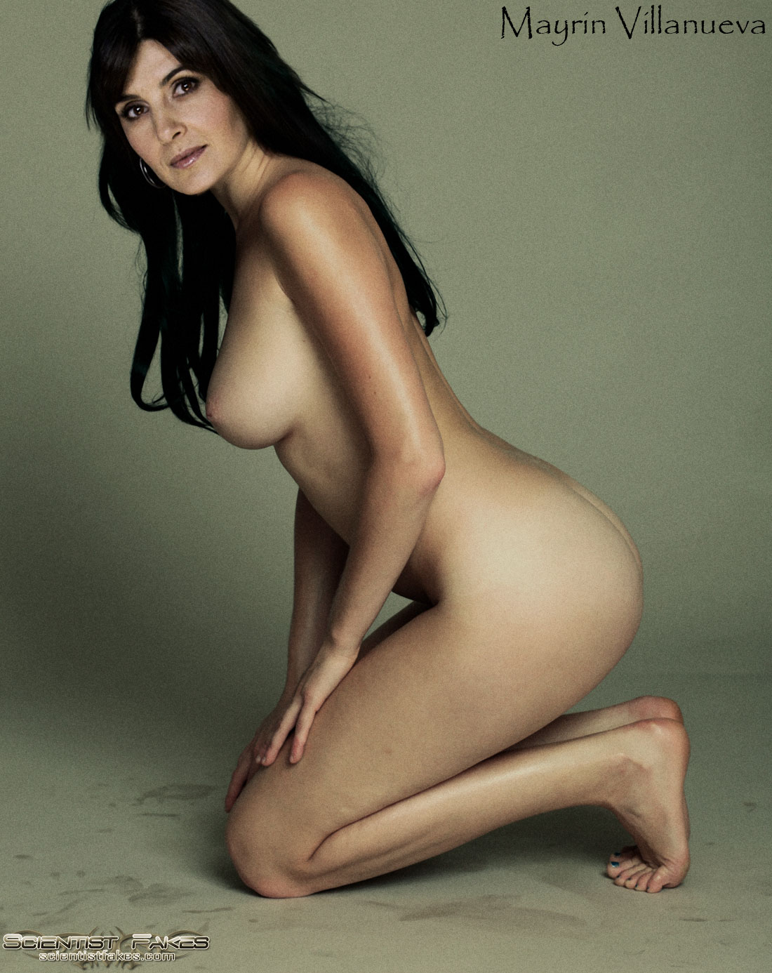 Naked Photo Of Angelina Jolie