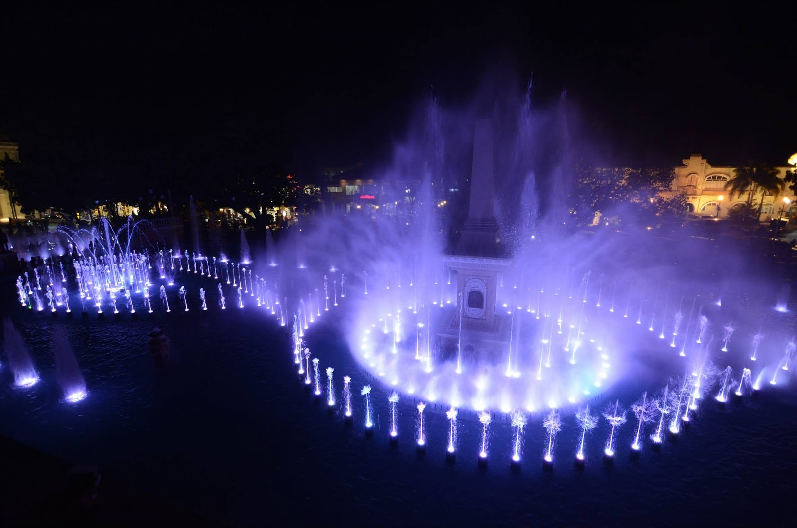 Vigan City's Plaza Salcedo Dancing Fountains