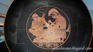 Prato com Pátroclo e Aquiles, figuras pretas