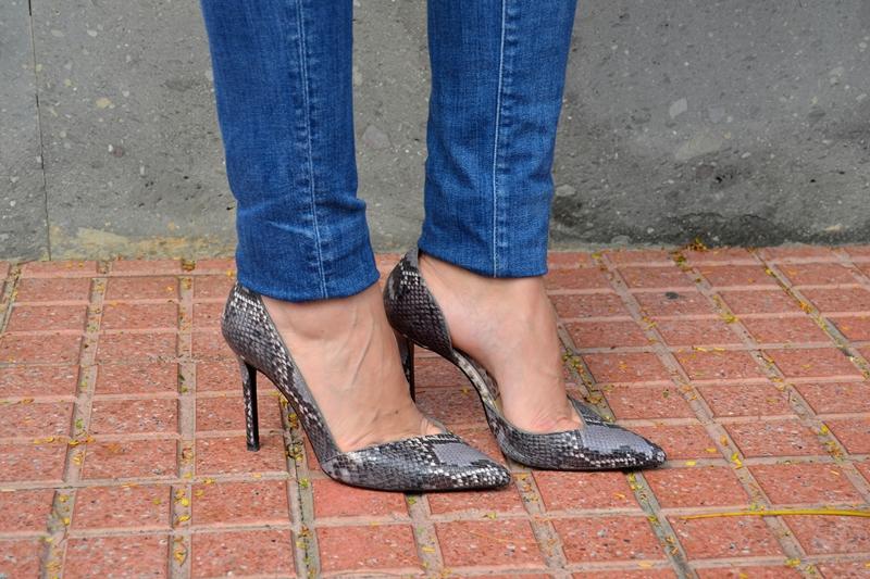 zara-heels-snake-print