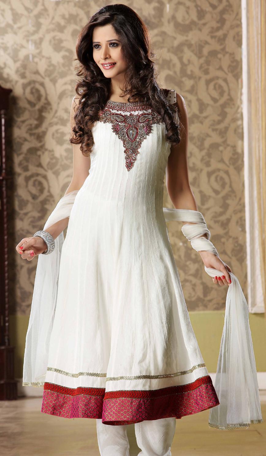 Celebrity Gossip Banarsi Wear