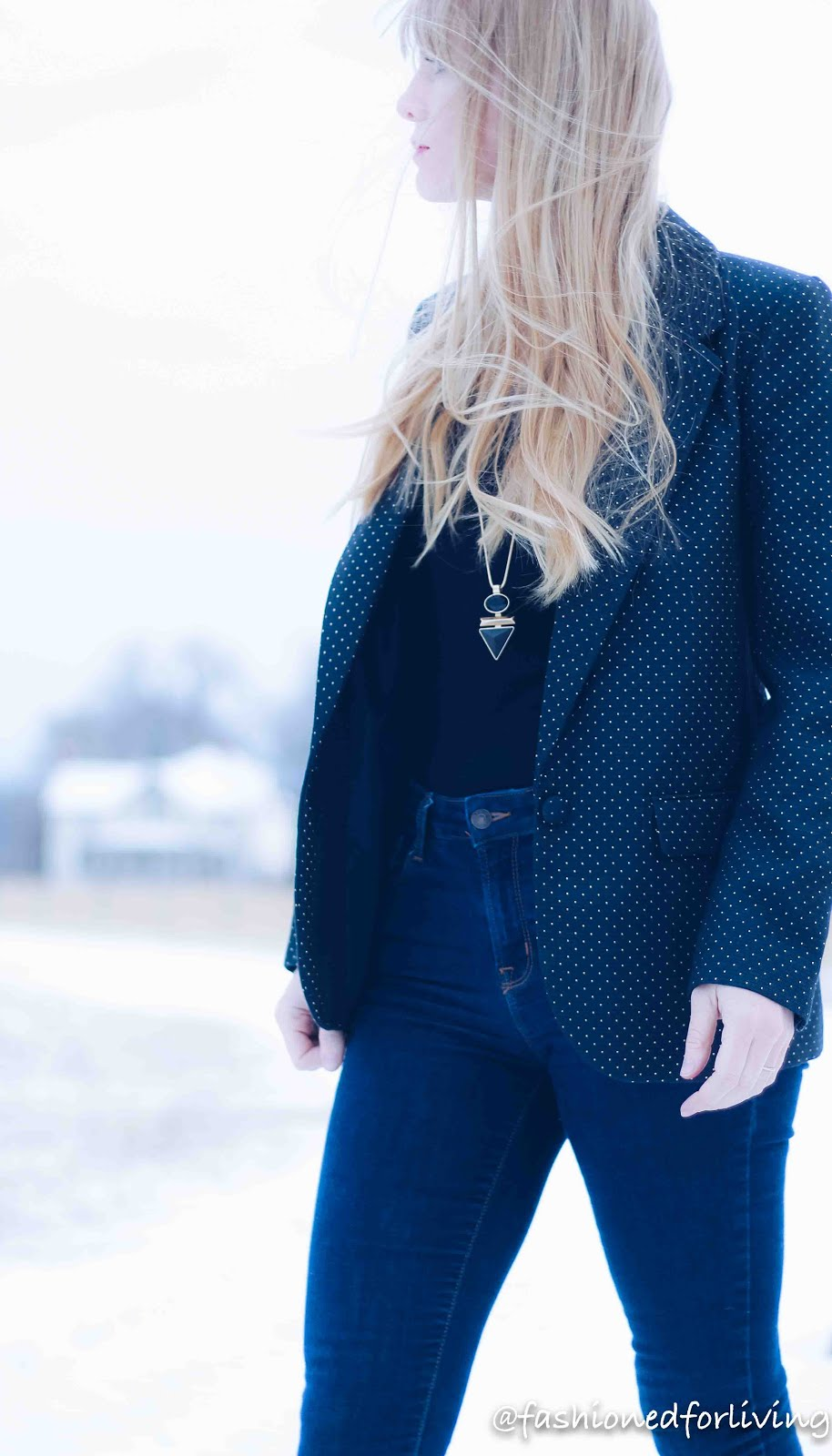 navy blue blazer outfit